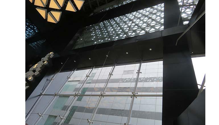retail facade